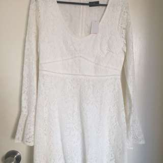 Brand new white lace dress from Dotti, size 10