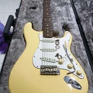 Fender USA Artist Series