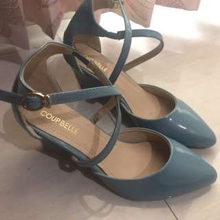 Coup Belle Wedges