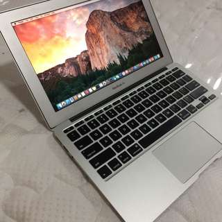 Macbook air 2015 model 11inch core i5 4gb ram 128gb SSD good for office autocad photoshop rendering video editing etc.