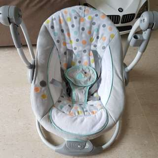 Ingenuity ConvertMe Baby Swing / Baby Bouncer 2 Seat