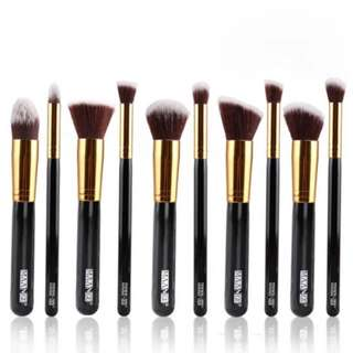 MAANGE 10 Piece Professional Cosmetic Makeup Brushes Set