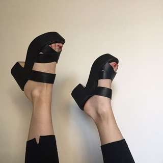 Windsor Smith black platform sandals shoes