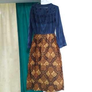 Pakaian kondangan (baju ada payetnya)