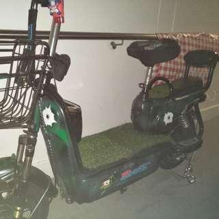 E Scooter Ebikes