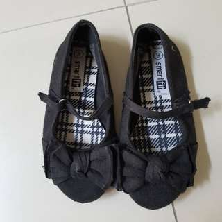 Sepatu anak cantik size 9