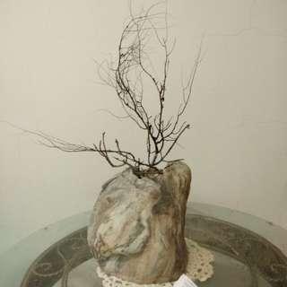 典雅石器花瓶