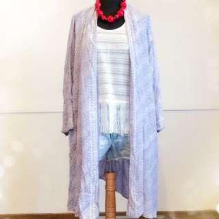 Baju luaran motif batik parang