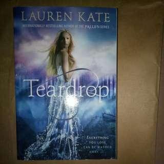 Teardrop, a fallen novel by Lauren Kate