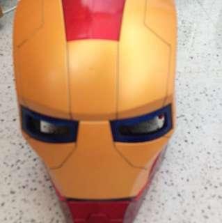 鐵甲奇俠 頭盔