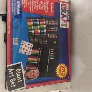 Giant Art Set Pensil Warna, Spidol, Crayon
