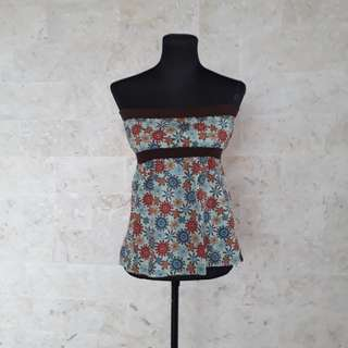 Floral tube top for petite