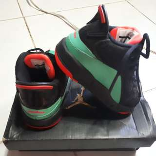 Authentic jordan 6 for 1yr old