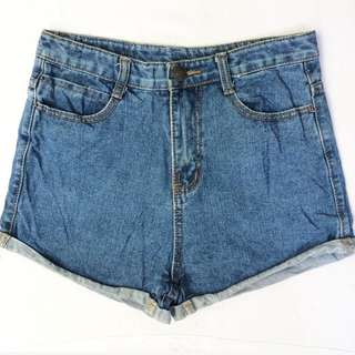Size 29 Highwaist Denim Shorts