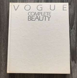 VOGUE Complete Beauty Book
