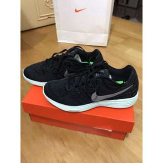 Nike Lunartempo 2LB 女慢跑鞋