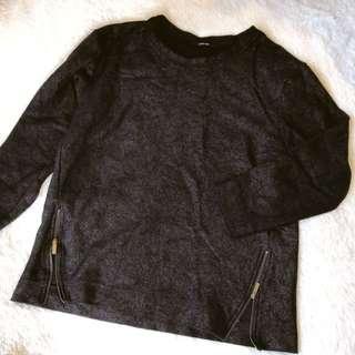 🚚 韓國製 韓貨 設計款龜裂設計拉鍊開叉長袖上衣T恤
