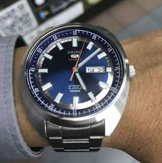 Seiko Automatic Classic  Case size 44mm Stainless steel made No box 95%new