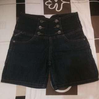 👇🏻NETT PRICE🙏🏻 [REPRICE!]Celana pendek denim HIGHQUALITY