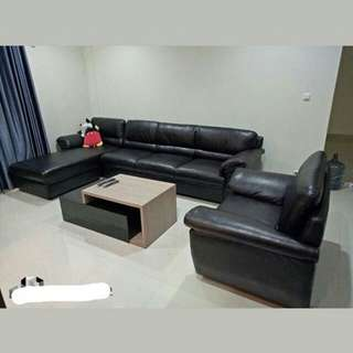 Jual sofa kulit imitasi hitam