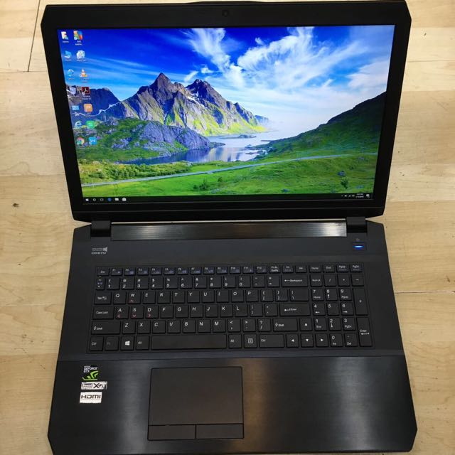 """17"""" Aftershock S17 Quad Core i7 GTX980m Gaming !!!"""