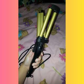 Hair crimper / curler