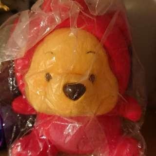 Winnie The Pooh 紅色豬仔造型毛公仔