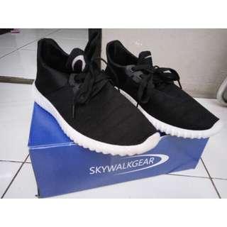 Sepatu skywalkgear