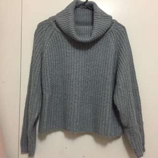 💛 Grey Turtle Neck Sweater
