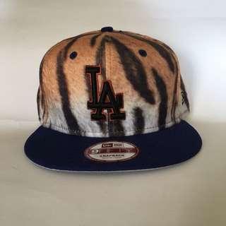 New Era 虎紋 皮毛 後扣 SnapBack Adjustable Cap 帽 棒球