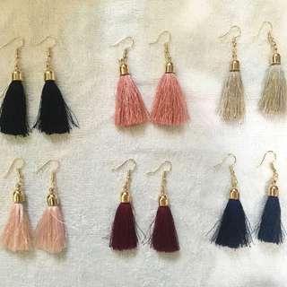 Onhand Basic Tassel Earrings