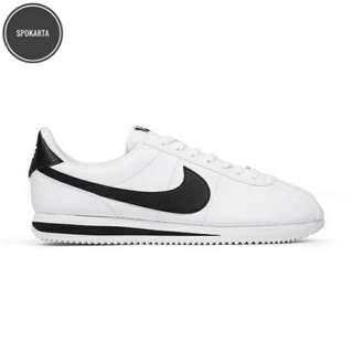 Nike Cortez White/Black
