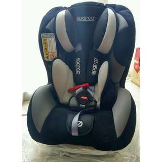 F500K SPARCO CHILD CAR SEAT: 0-18kgs - Used for 2 weeks only