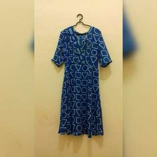 Dress vintage motif wajik