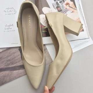 [NEW] Vincci VNC Shoes