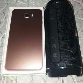 Samsung galaxy a9.6