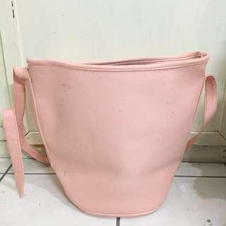 Pinky Around Bag
