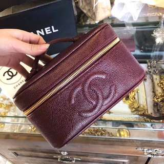 Chanel Vintage 紫紅色魚子醬化妝袋