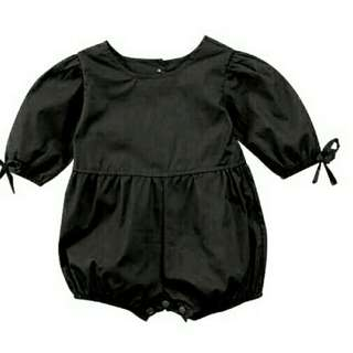 Black Jumper baby 3-24 bulan