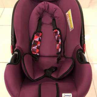 (50% off) Sweet cherry carrier carseat