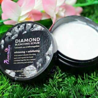 Diamond bleaching scrub