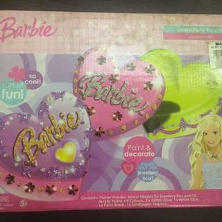 Barbie paint and decorate