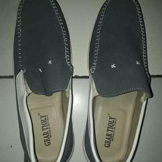 Sepatu Slop Geartioly