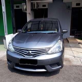 Nissan Grand Livina 1.5SV (4x2) AT