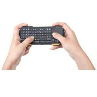 Keyboard Bluetooth Mini dengan Touchpad & Mouse