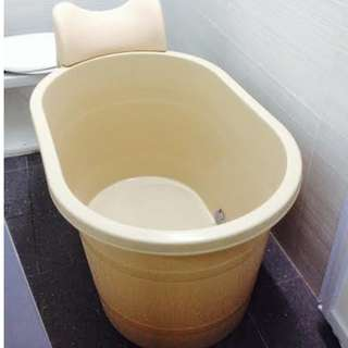 Bathtub CNY Sale Small Adult Soak Portable 50% Off