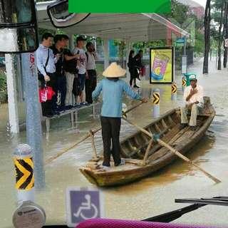 Grab Sampan for raining season