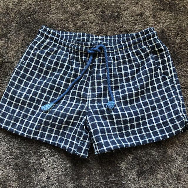 秋冬格紋短褲