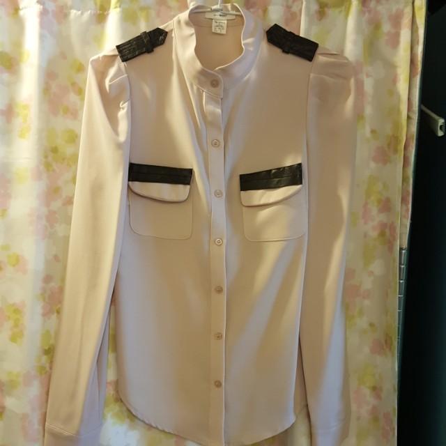 粉膚色襯衫-最後一張圖有試穿照參考