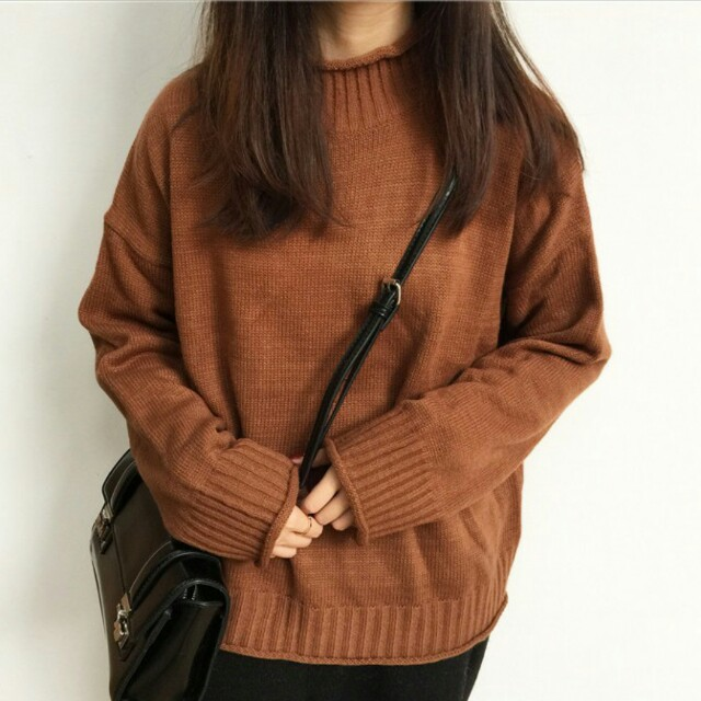 咖啡色針織毛衣